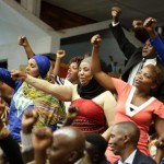 Abo ni abaturage ngo bari baje gushyigikira ko itegeko nshinga rihindurwa (foto RFI).