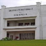 Muri univerisite, campus Huye (Ruhande), ku banyeshuri 11.000, abitabiriye amatora ni 250 gusa, naho abarimu babo batoye ntibarenga batatu